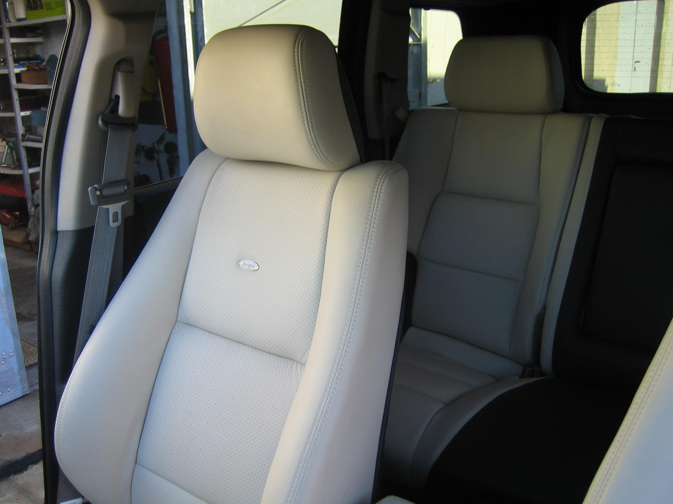 Ledersitze - Innenausstattung für Fahrzeuge 021