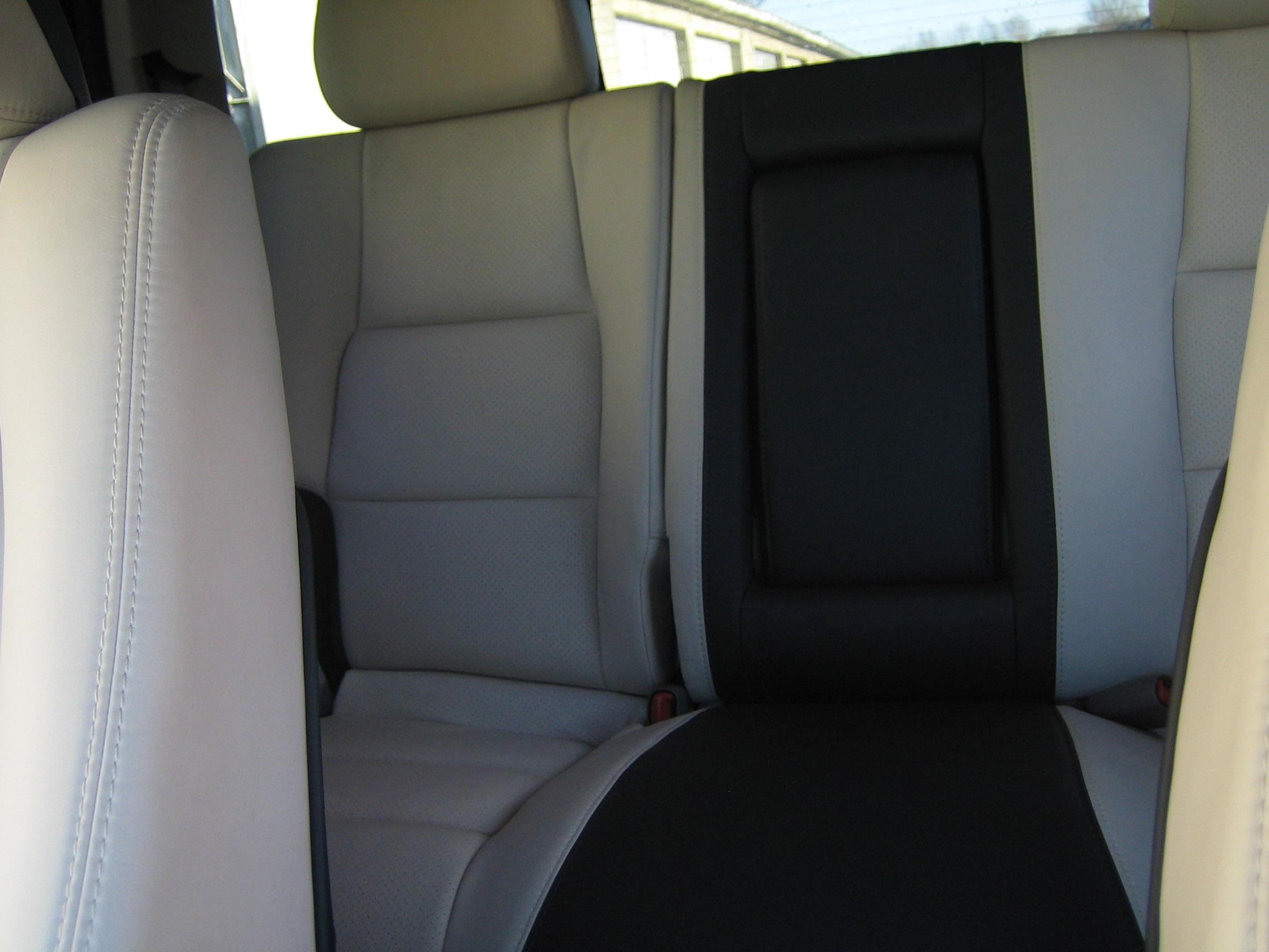 Ledersitze - Innenausstattung für Fahrzeuge 024